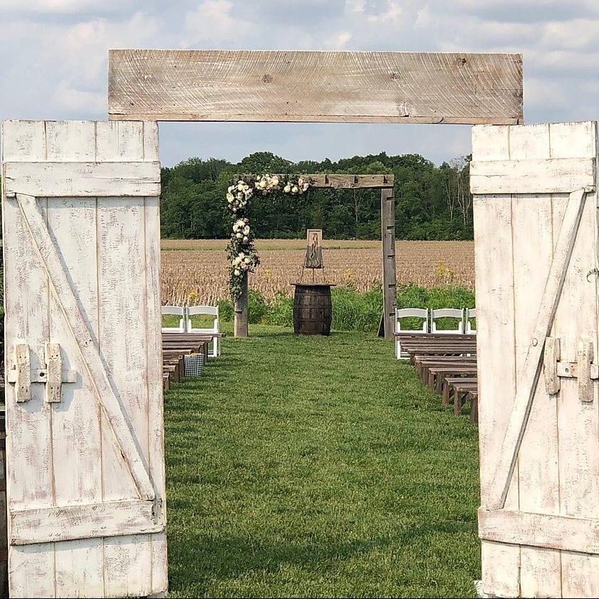 Rustic Ceremony e1586020607816